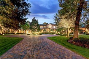 Photo of 19 Congressional Circle, The Woodlands, TX 77389 (MLS # 8956972)