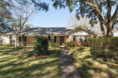 Photo of 5626 Briarbend Drive, Houston, TX 77096 (MLS # 57421974)