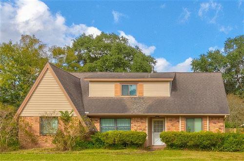 Photo of 5113 Cottonwood Circle, Dickinson, TX 77539 (MLS # 67430974)