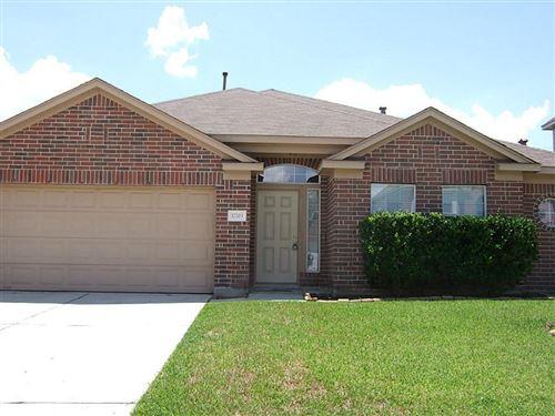Photo of 17203 Quiet Grove Lane, Humble, TX 77346 (MLS # 72276977)