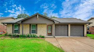 Photo of 5911 Chrystell Lane, Houston, TX 77092 (MLS # 24637980)