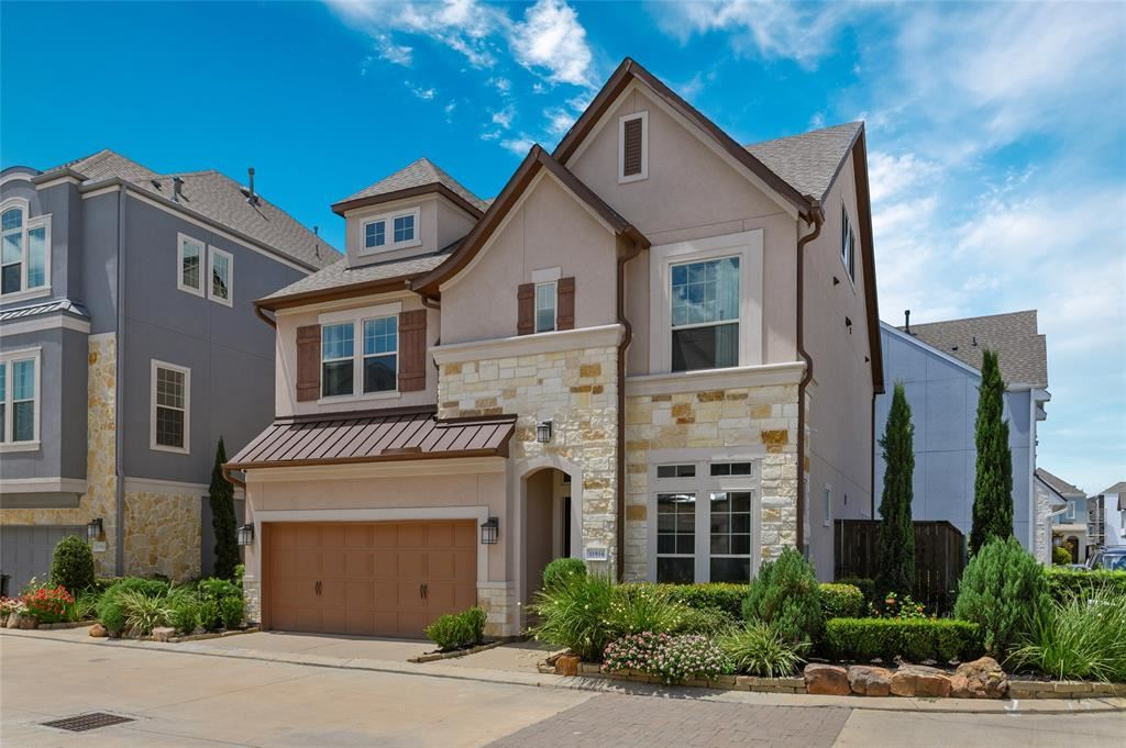 Photo for 11916 Wedemeyer Way, Houston, TX 77082 (MLS # 9091980)