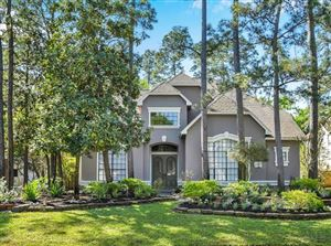 Photo of 27 Mistflower Place, The Woodlands, TX 77381 (MLS # 42353985)
