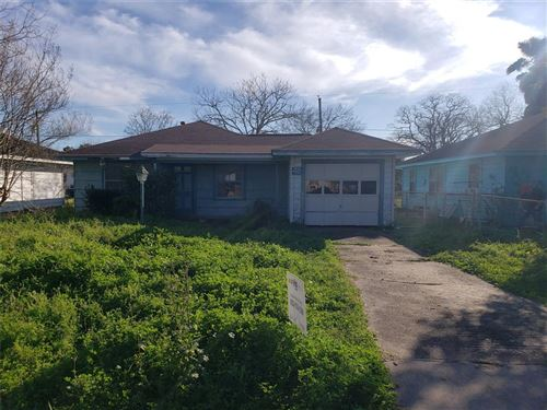Photo of 2009 N Avenue H, Freeport, TX 77541 (MLS # 73578985)