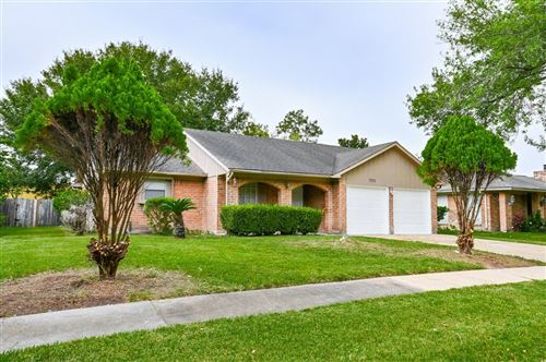Photo of 7322 windrow lane Lane, Houston, TX 77072 (MLS # 25988987)