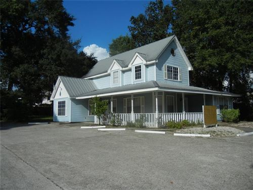 Photo of 908 W Lewis Street, Conroe, TX 77301 (MLS # 37897990)
