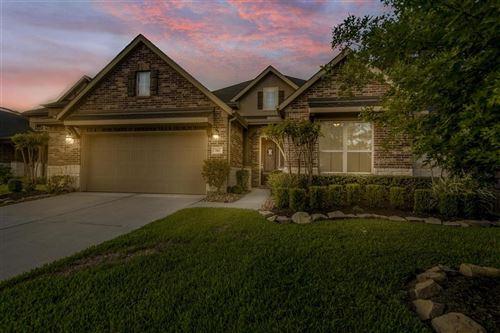 Photo of 510 Willow Canyon Lane, Pinehurst, TX 77362 (MLS # 30240991)