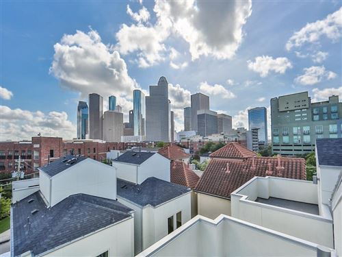Photo of 120 Pierce Street, Houston, TX 77002 (MLS # 67576991)