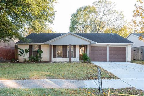 Photo of 5819 Cartagena Street, Houston, TX 77035 (MLS # 54456992)