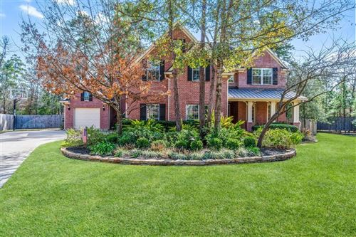 Photo of 2 Gateshead Place, The Woodlands, TX 77382 (MLS # 40139995)