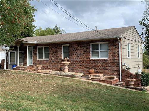 Tiny photo for 4033 NE Chaumiere Road, Kansas City, MO 64117 (MLS # 2349001)