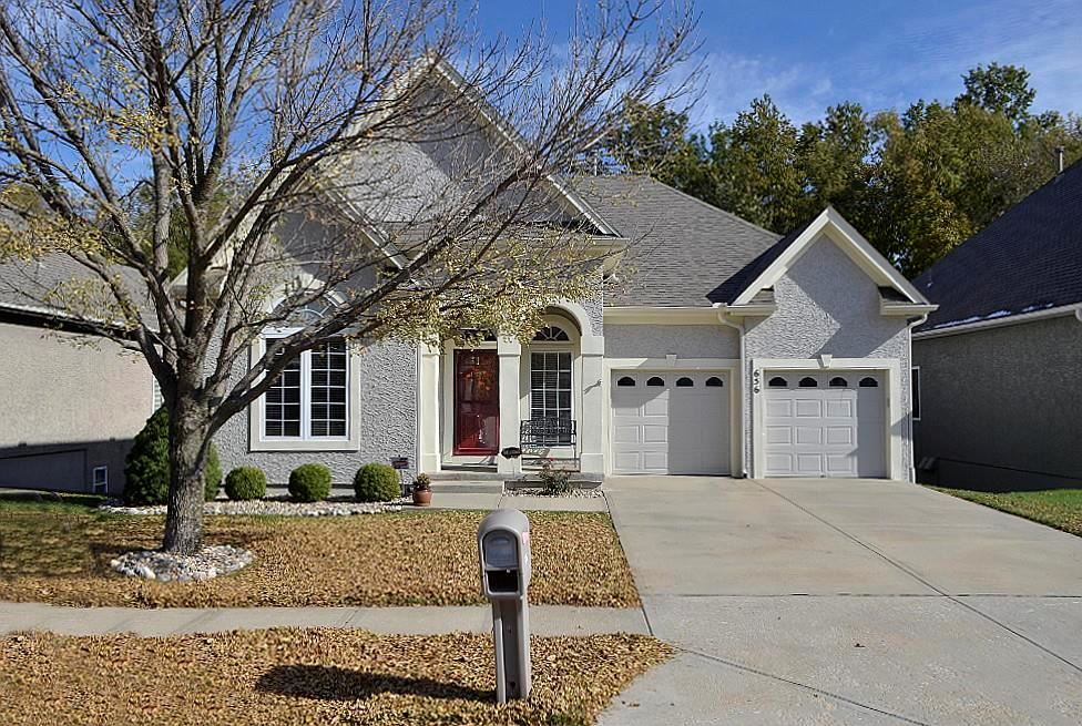 Photo of 656 Rosewood Court, Liberty, MO 64068 (MLS # 2198003)