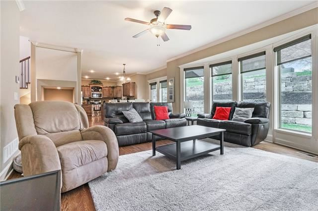 Photo of 1130 Redwood Place, Liberty, MO 64068 (MLS # 2320014)