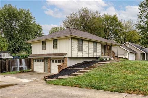 Tiny photo for 1312 NE 113th Terrace, Kansas City, MO 64155 (MLS # 2350024)