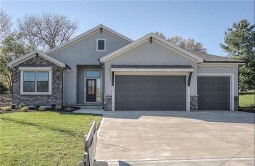 Photo of 5857 Belmont Drive, Shawnee, KS 66226 (MLS # 2327046)