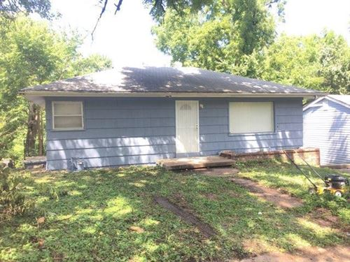 Photo of 9400 E 15th Street, Independence, MO 64052 (MLS # 2197077)