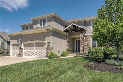 Photo of 12000 W 160th Place, Overland Park, KS 66221 (MLS # 2320080)