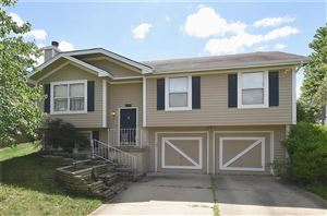Photo of 11204 N Donnelly Avenue, Kansas City, MO 64157 (MLS # 2177081)