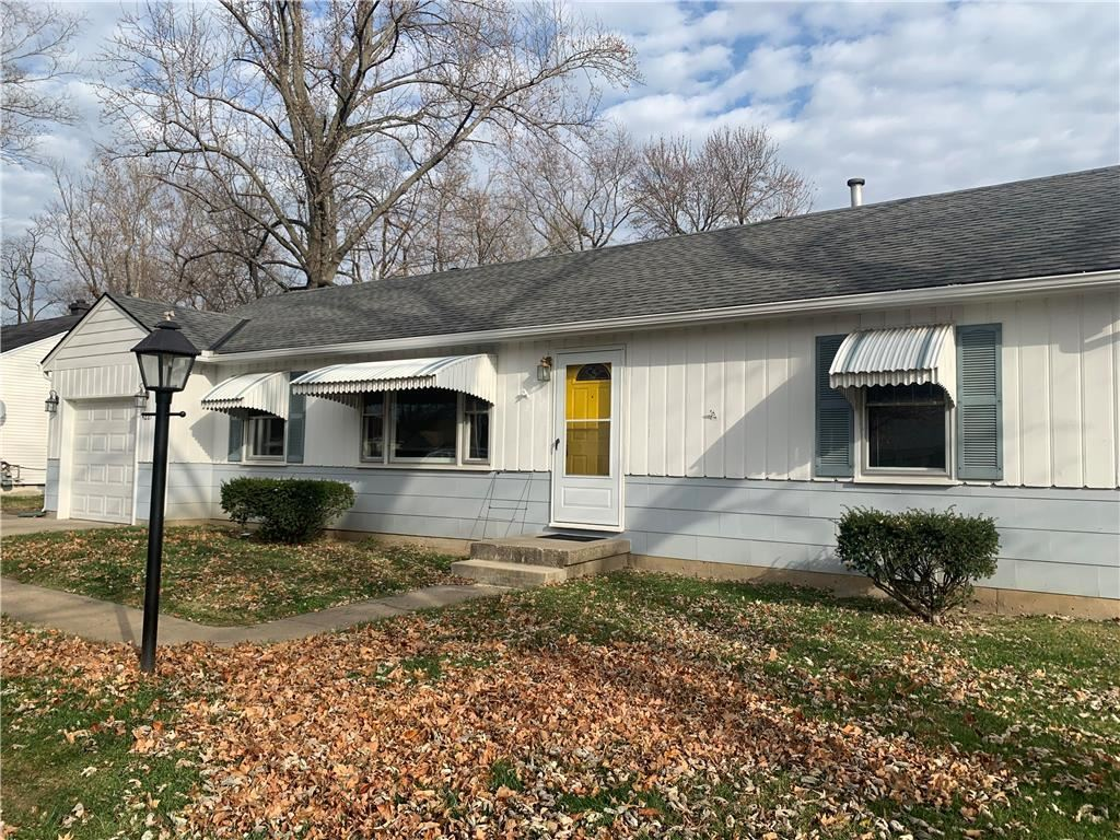 Photo of 4221 N Chelsea Avenue, Kansas City, MO 64117 (MLS # 2254088)