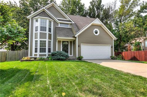 Photo of 8019 W 148TH Terrace, Overland Park, KS 66223 (MLS # 2243099)