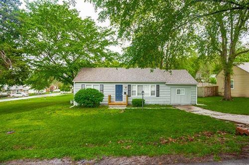 Photo of 6421 Melrose Lane, Shawnee, KS 66203 (MLS # 2323100)