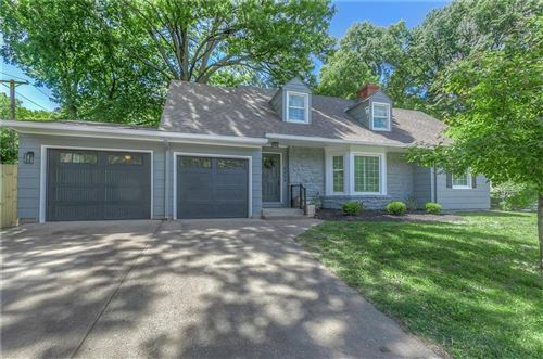Photo of 6800 Mission Road, Prairie Village, KS 66208 (MLS # 2228111)