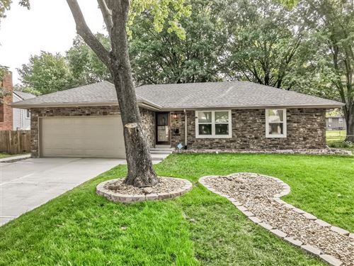 Photo of 612 S STEVENSON Street, Olathe, KS 66061 (MLS # 2243115)