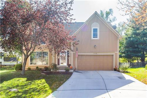 Photo of 11709 W 115TH Street, Overland Park, KS 66210 (MLS # 2245119)