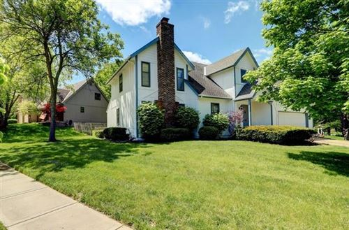 Photo of 11400 Robinson Street, Overland Park, KS 66210 (MLS # 2320121)