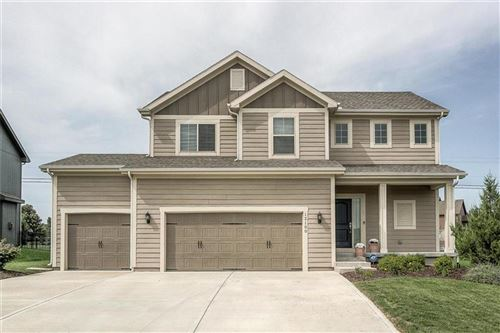 Photo of 12100 S Pine Street, Olathe, KS 66061 (MLS # 2243130)