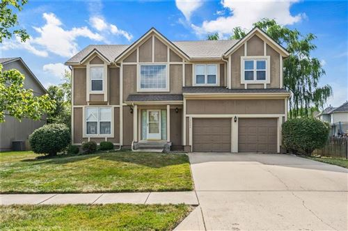 Photo of 12604 Benson Street, Overland Park, KS 66213 (MLS # 2185135)
