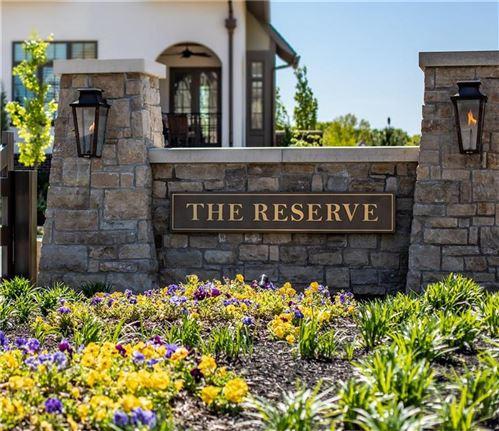 Photo of 9313 Linden Reserve Drive, Prairie Village, KS 66207 (MLS # 2251141)