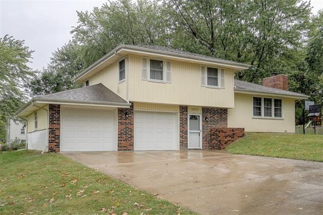 Photo for 3211 N 84th Place, Kansas City, KS 66109 (MLS # 2350148)