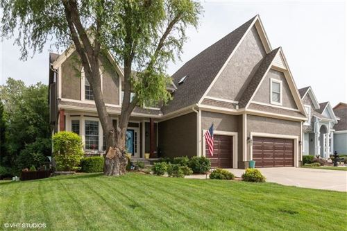 Photo of 12700 W 142nd Street, Overland Park, KS 66221 (MLS # 2236164)