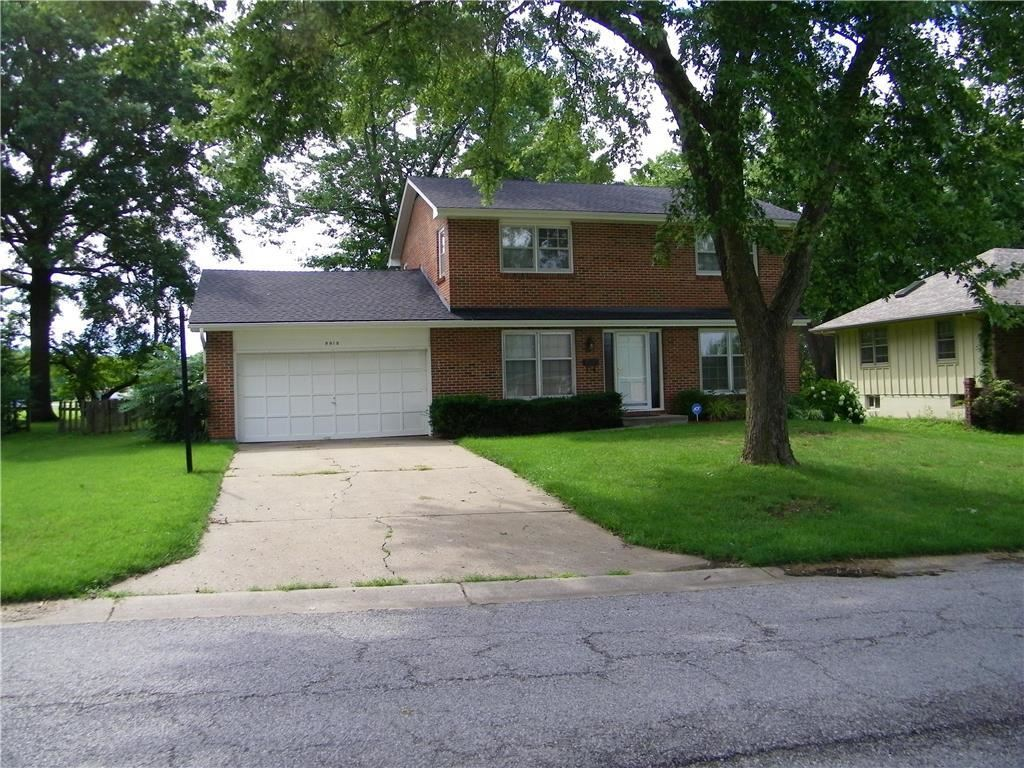 Photo for 9018 Booth Avenue, Kansas City, MO 64138 (MLS # 2234172)