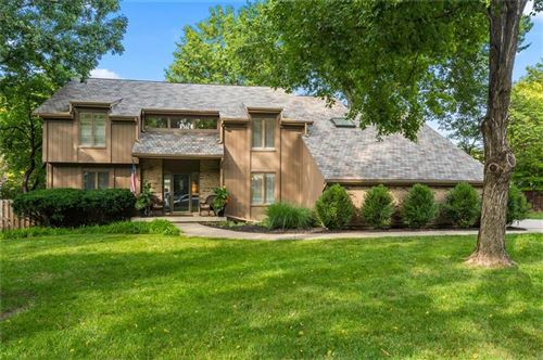 Photo of 10820 W 119 Terrace, Overland Park, KS 66213 (MLS # 2242178)