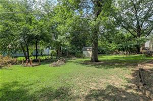 Tiny photo for 8638 Hiawatha Road, Kansas City, MO 64114 (MLS # 2185180)