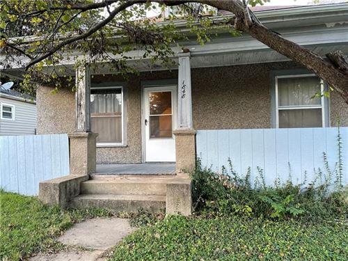 Photo of 1848 Oneida Street, Lexington, MO 64067 (MLS # 2351183)