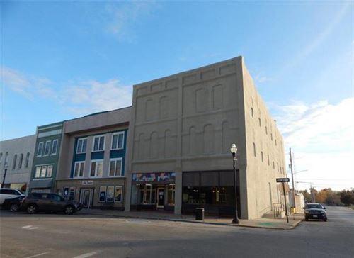 Photo of 104 E 3rd Street, Cameron, MO 64429 (MLS # 2198184)