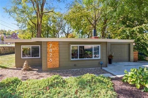 Photo of 7426 Rosewood Circle, Prairie Village, KS 66208 (MLS # 2351187)