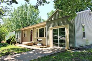 Photo of 5716 Manning Avenue, Raytown, MO 64133 (MLS # 2171202)
