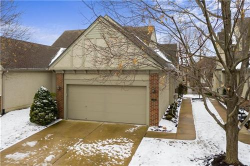 Photo of 7305 W 144th Place, Overland Park, KS 66223 (MLS # 2259204)