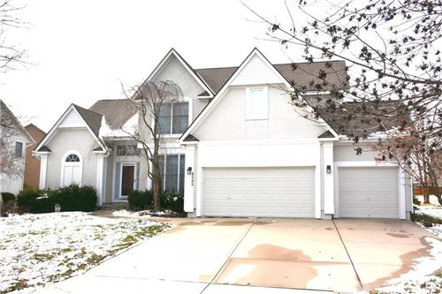 Photo of 8505 W 142nd Street, Overland Park, KS 66223 (MLS # 2259215)