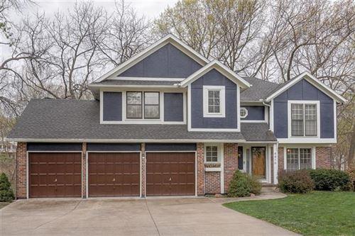Photo of 4416 NW Normandy Lane, Kansas City, MO 64116 (MLS # 2314218)