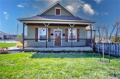 Photo of 11405 Johnson Drive, Shawnee, KS 66203 (MLS # 2310227)