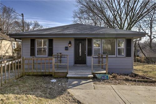 Photo of 813 E Fair Street, Independence, MO 64055 (MLS # 2207228)