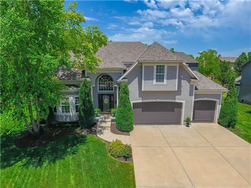 Photo of 7726 W 145th Terrace, Overland Park, KS 66223 (MLS # 2228230)