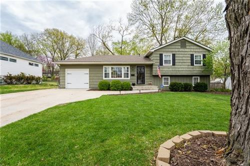 Photo of 9727 KESSLER Street, Overland Park, KS 66212 (MLS # 2319234)