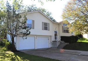 Photo of 1119 SE Autumn Court, Blue Springs, MO 64014 (MLS # 2193242)