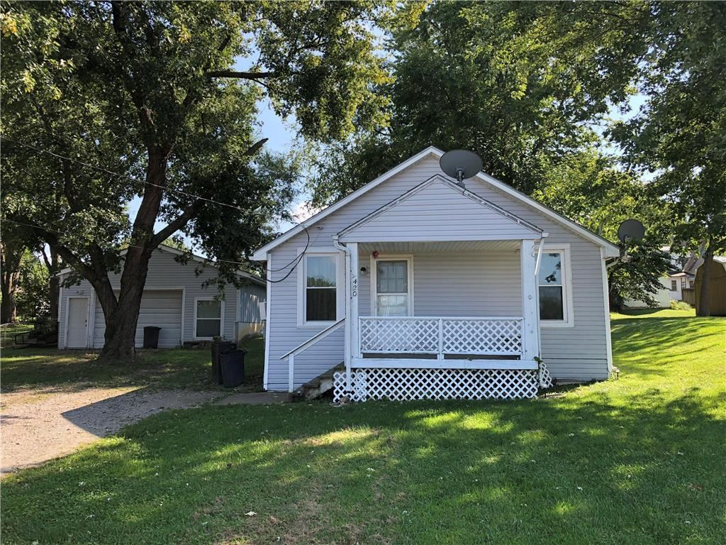 Photo for 420 E Gay Street, Warrensburg, MO 64093 (MLS # 2188242)